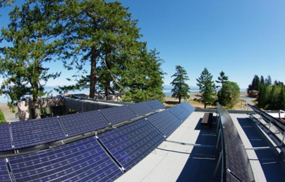 vancouver_island_solar_panels_BC-465x310