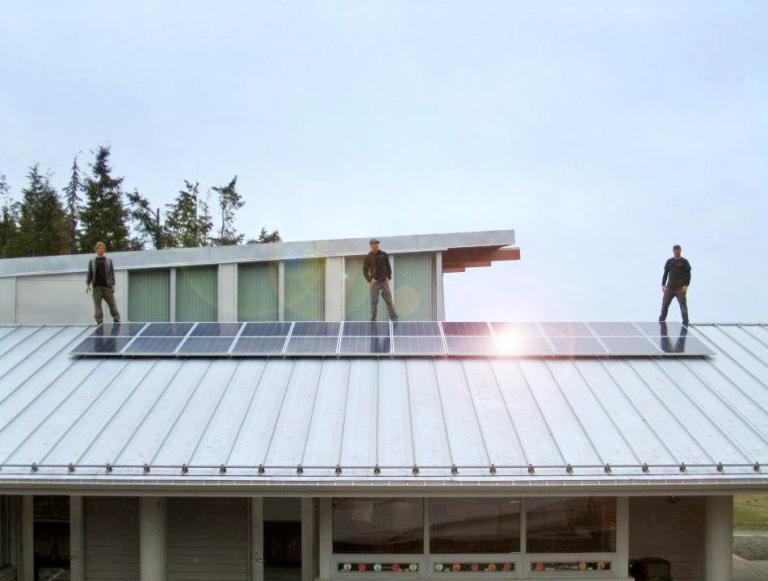 solar_electric_skidegate_school_terratek