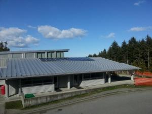 solar_panels_skidegate_scool