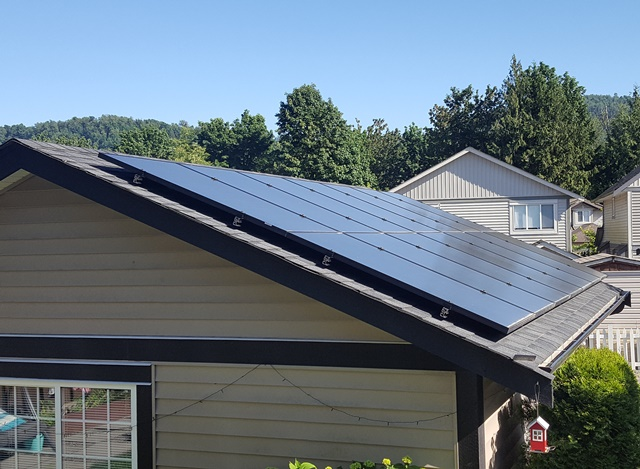 A home solar power system was installed on this Abbotsford home