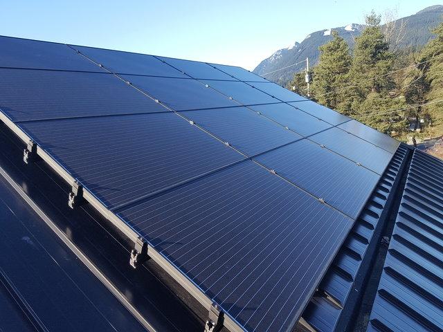 North Vancouver Solar Grid Tie System